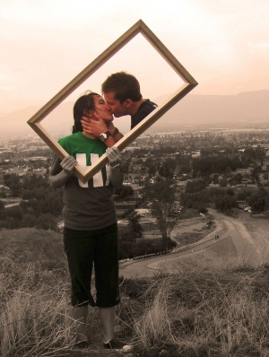 kiss frame in the fields